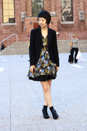 blue Arc Co dress - black Theory blazer