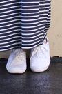 Black-zara-dress-white-keds-shoes-red-scarf