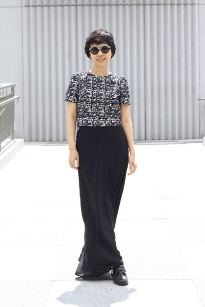 black H&M top - Zara skirt