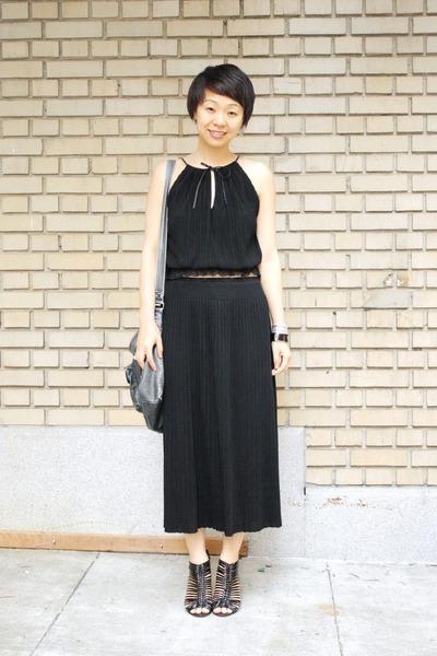 black pussy bow Laundry by Shelli Segal top - black zoe d skirt - stella bra  ac