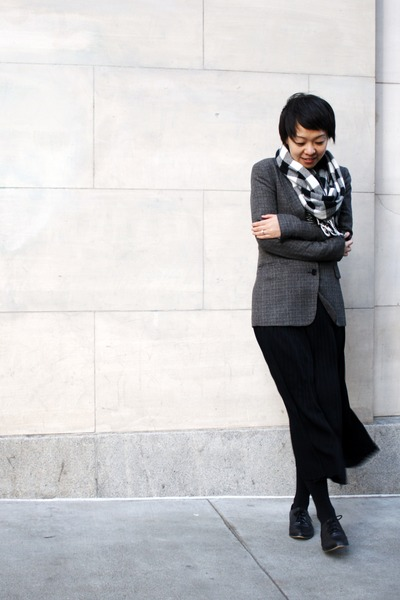 black leather Aldo shoes - gray BCBG blazer - black Anne Klein scarf - black zoe