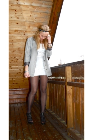 by Helene dress - vintage blazer - by Helene accessories - GoJane shoes
