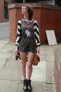 Blue-primark-shorts-charcoal-gray-obey-t-shirt-white-river-island-cardigan