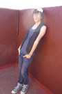 Zara-jeans-pull-bear-t-shirt-zara-vest-converse-sneakers