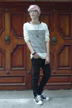 Dr Denim jeans - H&M sweater - Adidas sneakers - asos necklace - asos ring