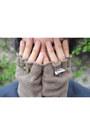 Zara-jeans-asos-blazer-zara-t-shirt-vans-sneakers-asos-gloves