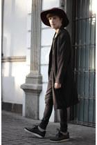 H&M coat - Dr Denim jeans - Forever 21 hat - H&M t-shirt - Gourmet sneakers