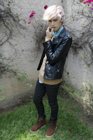 pull&bear boots - H&M jeans - H&M jacket - pull&bear sweater - H&M shirt