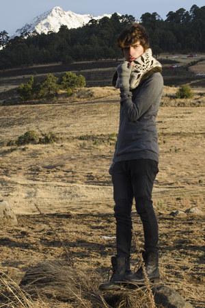 H&M jeans - asos boots - Zara sweater - Zara scarf - H&M gloves
