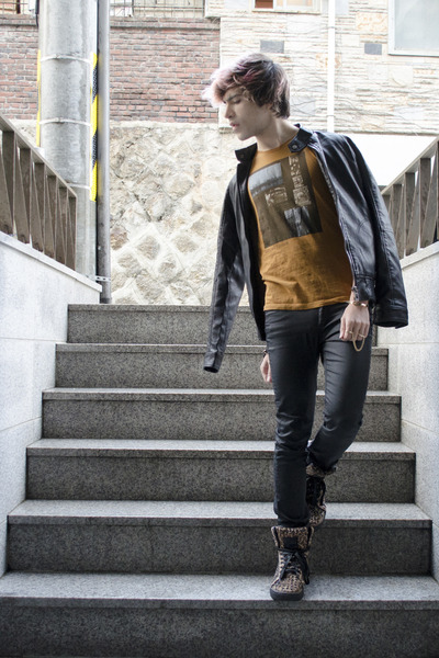 H&M jeans - Forever 21 jacket - Zara t-shirt - codes combine sneakers - H&M ring