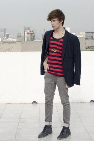 Zara jeans - Frank Wright boots - H&M blazer - Zara t-shirt - coach bracelet