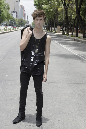 On Fancy watch - asos boots - H&M jeans - Zara blazer - Zara t-shirt