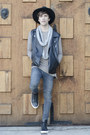 Pull-bear-jeans-h-m-hat-pull-bear-scarf-frank-wright-sneakers