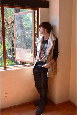 Pull &amp; Bear jacket - asos boots - asos jeans - Pull &amp; Bear t-shirt