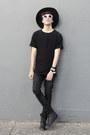 Asos-boots-pull-bear-jeans-wonderplace-korea-hat-zara-t-shirt