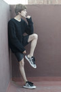 Coach-sweater-pull-bear-shorts-coach-sneakers
