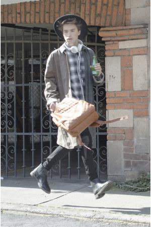 pull&bear boots - maison martin margiela coat - pull&bear jeans - H&M hat