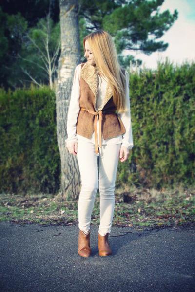 tawny Zara boots - ivory Zara shirt - tawny Zara vest - ivory Zara pants - tawny