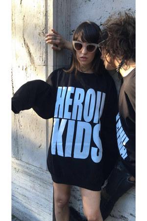 oversized HeroinKids sweater