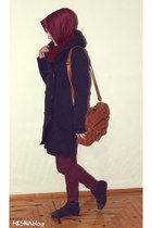 navy studded LCW boots - brick red knit Vaniza scarf - brick red scarf