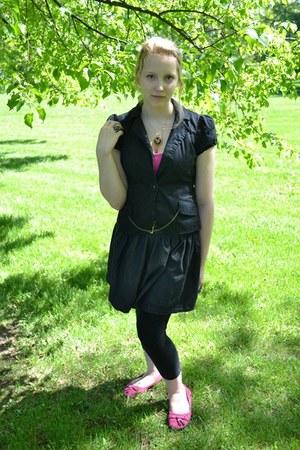 black Stiches leggings - black puffy sleeves H&M blazer