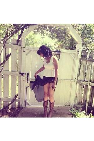 white peplum shirt - black flowy Charlotte Russe romper