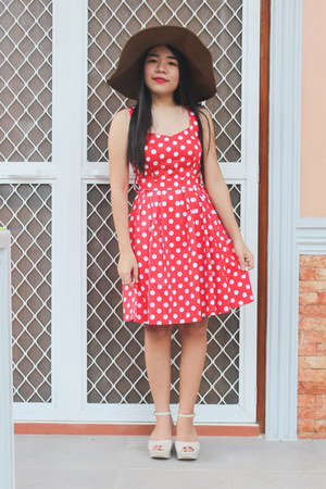 cotton Dressgal dress - straw Dressgal hat