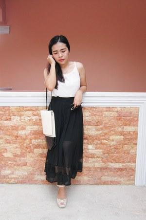 black maxi skirt Rosewholesale skirt - ivory tank top Rosewholesale top
