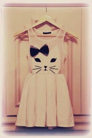 white random brand dress