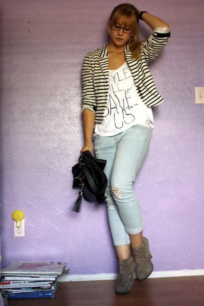 blue f21 jeans - white f21 t-shirt - black storets purse - white Mango jacket
