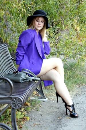 purple vintage blazer - black Dillards shoes - black Somewhere in Tennessee hat