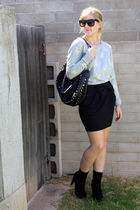 gray f21 sweater - black skirt