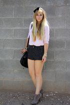 black H&M shorts - pink f 21 shirt