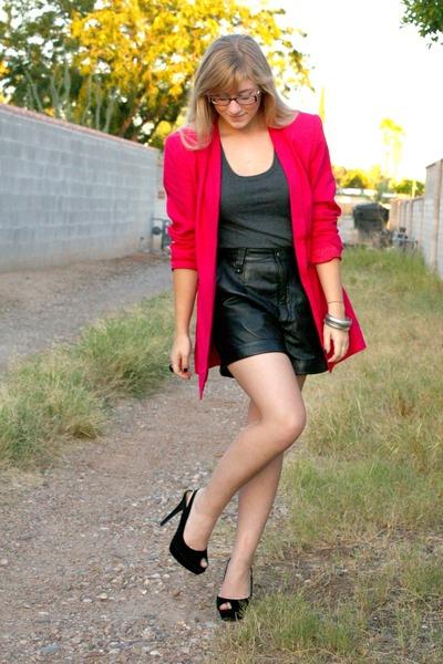 pink vintage blazer - black velvet f21 shoes - gray f21 shirt