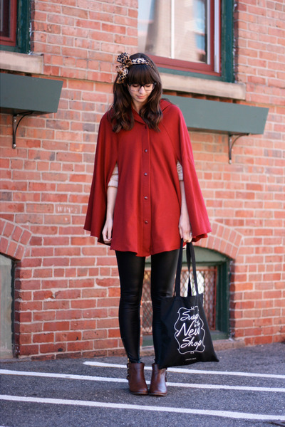 red American Apparel cape - dark brown modcloth boots