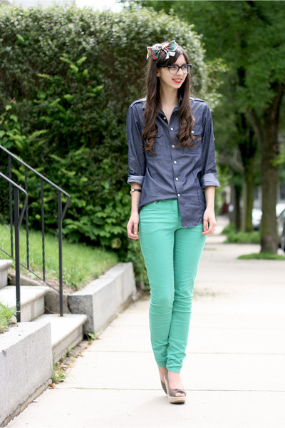 aquamarine H&amp;M jeans - blue Express shirt - light brown Blowfish Shoes heels