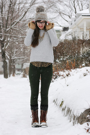 brown Sorel boots - heather gray Anthropologie hat - heather gray Gap sweater