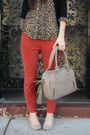 Beige-blowfish-shoes-leopard-thrifted-shirt-beige-theit-bag-red-urban-outf