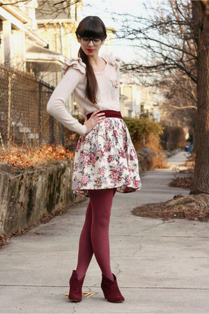 off white swapped skirt - crimson Steve Madden boots - light pink H&M sweater