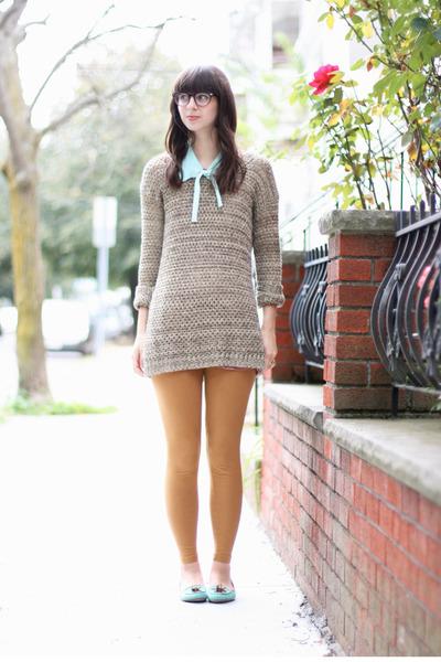 tan Urban Outfitters sweater - bronze American Apparel leggings