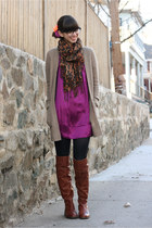 brown Vince Camuto boots - magenta kensie dress - black H&M tights