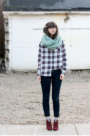 aquamarine Seams to Be scarf - maroon Steve Madden boots - navy Old Navy jeans