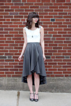 charcoal gray handmade - Megan Nielsen pattern skirt - white le lapin dor top