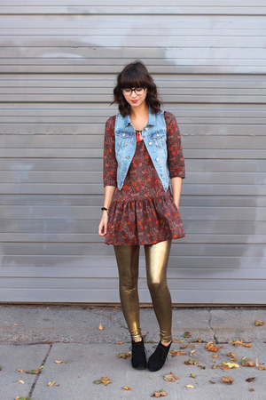 gold self-made leggings - black Target boots - sky blue Old Navy vest