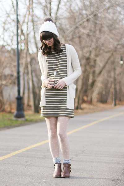 army green madewell dress - brown modcloth boots - ivory madewell tights