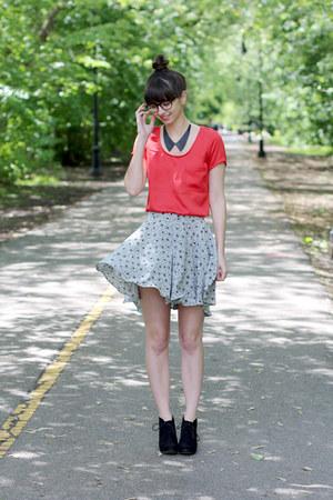 black Target boots - heather gray handmade - Megan Nielsen pattern shorts