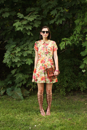 brown coach bag - coral Urban Outfitters dress