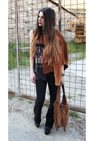 brown vintage jacket - navy Levis jeans - dark gray Kiss t-shirt