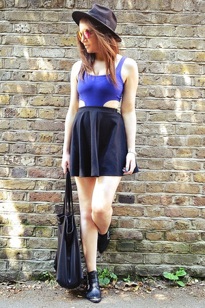 deep purple round Topshop sunglasses - black skater River Island skirt
