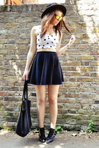 gold mirrored Topshop sunglasses - black skater River Island skirt